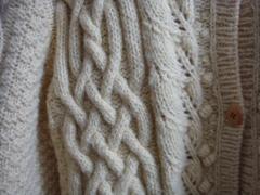 手編みセーター.JPG
